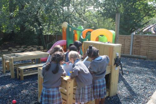 Nursery & Reception In New Playarea (44)